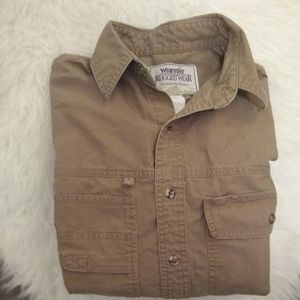 Men's Wrangler rugged wear khaki shirt, size L